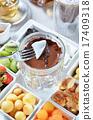 Chocolate fondue 17409318
