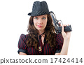 女人 枪 瞄准 17424414