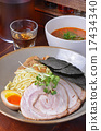 Japanese dry noodles  with meat    17434340