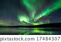 北極光 照亮 地球儀 17484307