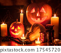 Halloween pumpkin lantern. 17545720