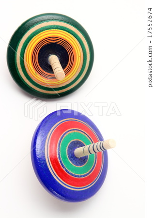 Traditional toys 17552674