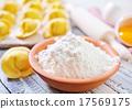 flour 17569175