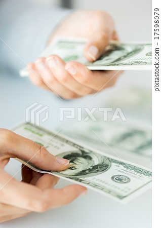 close up of woman hands counting us dollar money 17598079