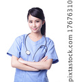 female surgeon doctor 17676310