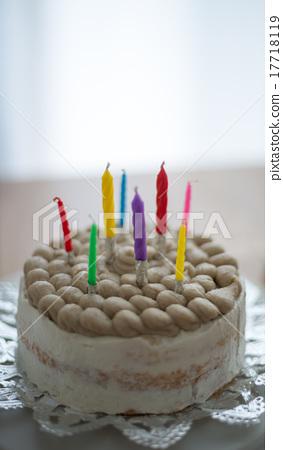 Homemade cake 17718119