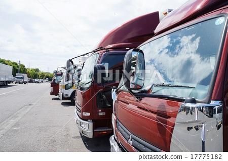 truck 17775182
