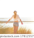 free, sun, woman 17812557
