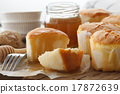 honey soft cheese cake sweet pastries dessert 17872639