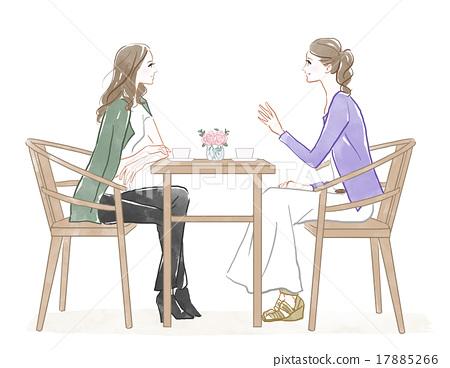 兩名婦女談話在咖啡館 17885266