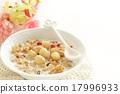 granola, macadamia, nuts 17996933