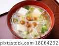 豆腐 滑菇 汤盘 18064232