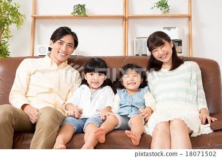 家庭 家族 家人 18071502
