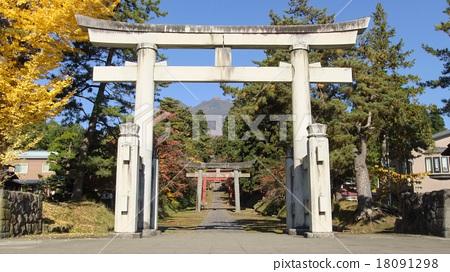 Iwakiyama shrine in autumn 18091298