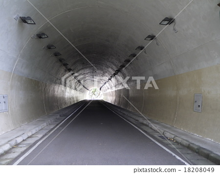 隧道 18208049