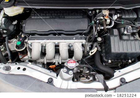자가용의 엔진 룸 18251224