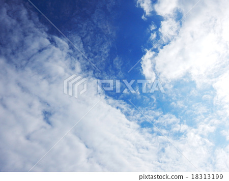 Blue sky between sky and clouds 18313199