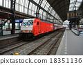 火車 阿姆斯特丹 電氣列車 18351136