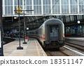 火車 阿姆斯特丹 電氣列車 18351147