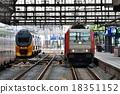 歐洲 火車 車窗 18351152