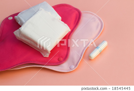 女性衛生棉條和衛生巾 18545445