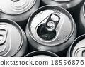 Opened and closed canned drinks 18556876