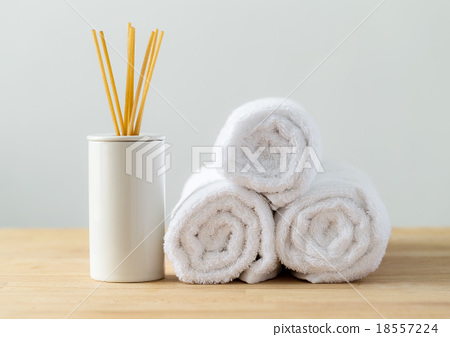 Stock Photo: Scented woods and white towel for spa
