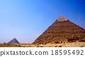 기자 피라미드 18595492