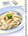 Penne pasta cream sauce 18609843