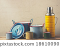 retro kitchenware 18610090