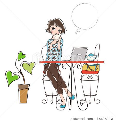 享受個人計算機的女孩在咖啡館 18613118