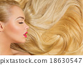 Girl with long blond hair 18630547
