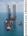 Offshore oil rig drilling platform in the gulf 18640602
