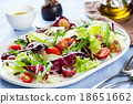 Grape with Radadicchio and Rocket salad 18651662