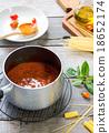 Tomato sauce for pasta 18652174