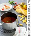 Tomato sauce for pasta 18652176