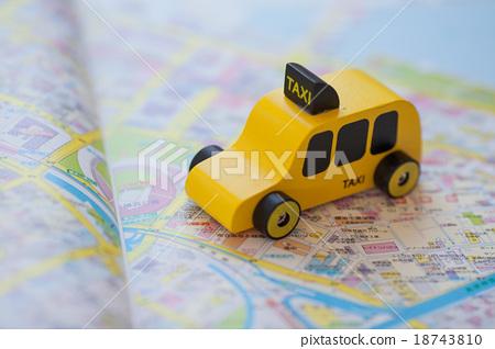 Taxi 18743810