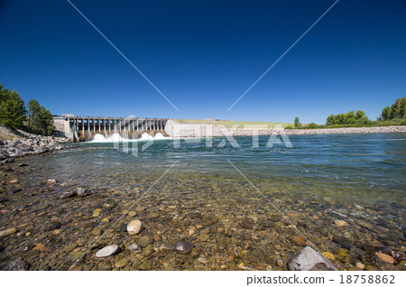 Jackson Lake Dam in Grand Teton National Park 18758862