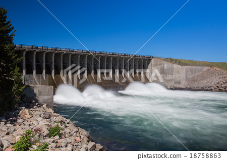 Jackson Lake Dam in Grand Teton National Park 18758863