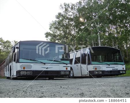 Tomamu huge bus 1 18866451