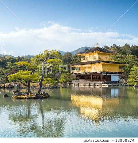 Kinkakuji Temple (The Golden Pavilion)  18868874