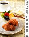 breakfast, croissant, croissants 18869427