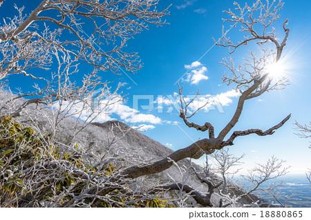 무빙 산과 태양 18880865