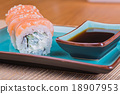 California maki sushi with fish  18907953