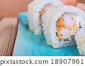 California maki sushi with tempura shrimp 18907961