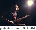 吉他 吉他弹奏者 吉他手 19047064