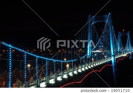 藍吊橋 19051710