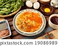 Oyster omelet 19086989