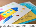火箭 蠟筆劃 桌 19108602