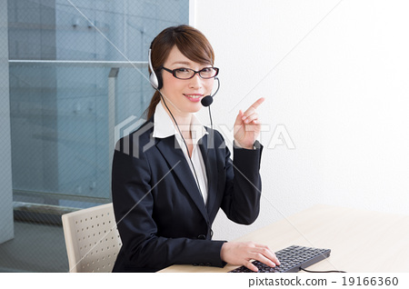 Female operator One person Call center Recommended middle position 19166360